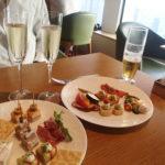 京王プラザホテル クラブラウンジでバータイムと朝食タイム。そしてルームサービスのお食事。