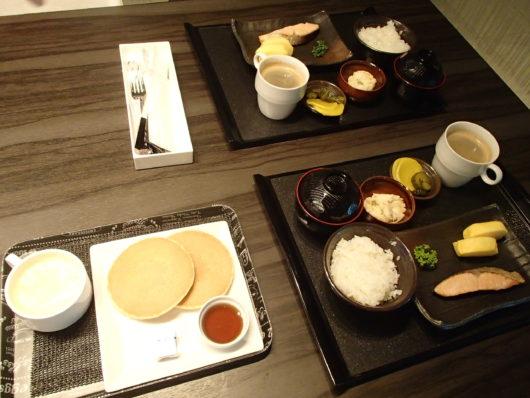 Nホテル ルームサービスの朝食