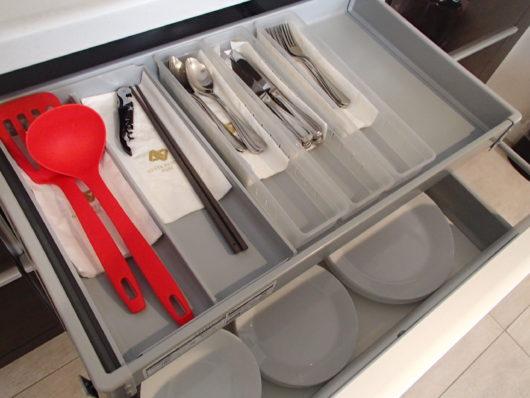 ネスタリゾート ロイヤルスイートC キッチン カトラリーや調理器具