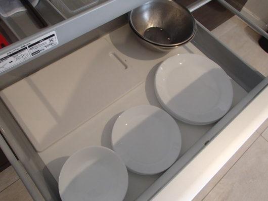 ネスタリゾート ロイヤルスイートC キッチン 皿・ボウル・まな板