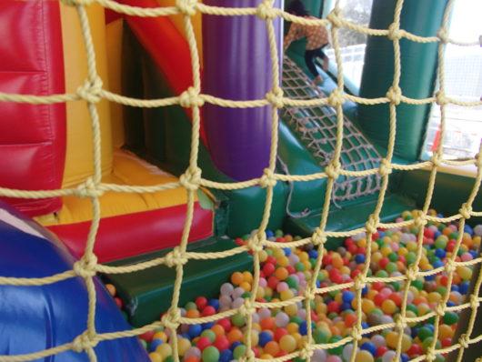 とちのきファミリーランド フアフアアスレチックのボールプール