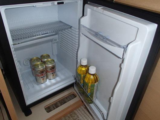 琵琶湖ホテル 客室 冷蔵庫の中身