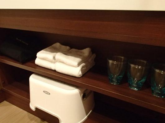 レゴランドホテル 洗面台下のアメニティ類