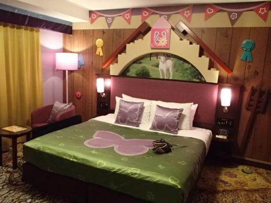 レゴランドホテル フレンズスイートルーム 大人用寝室(主寝室)