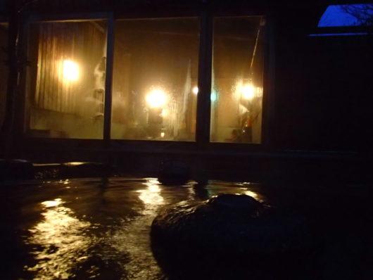 三水館 露天風呂から内湯側を撮影