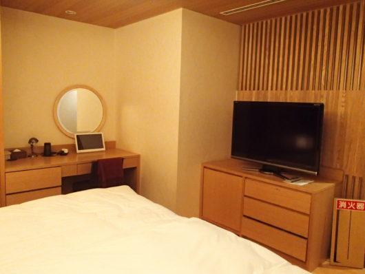 箱根・翠松園 客室の寝室