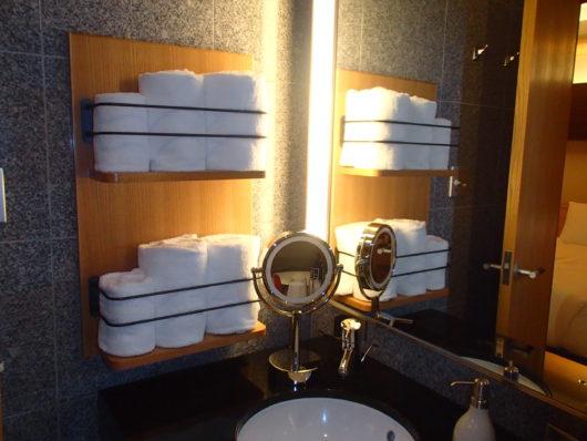 箱根・翠松園 タオル、化粧鏡