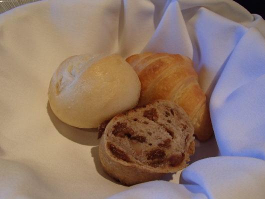 箱根・翠松園 朝食 洋食のパン